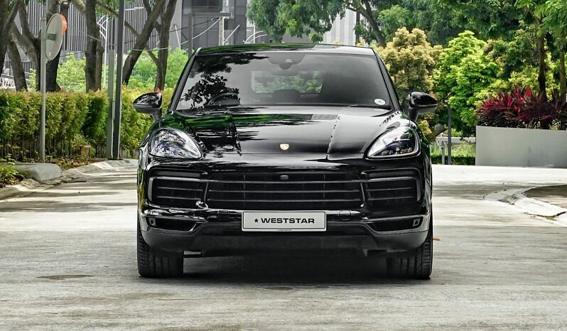 Porsche Cayenne Coupe full